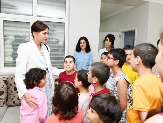 Мехрибан Алиева на открытии нового детского приюта