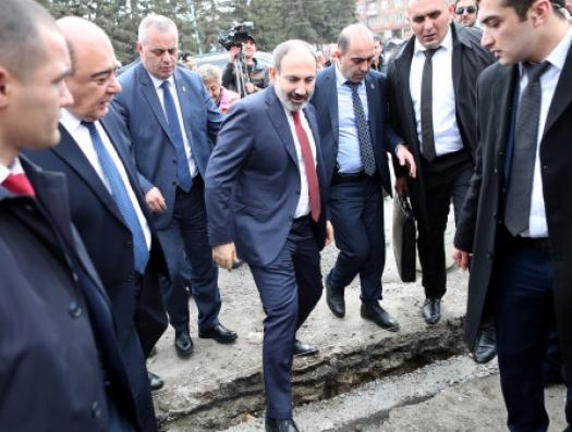 Сегодняшний Ереван чем-то напоминает Баку