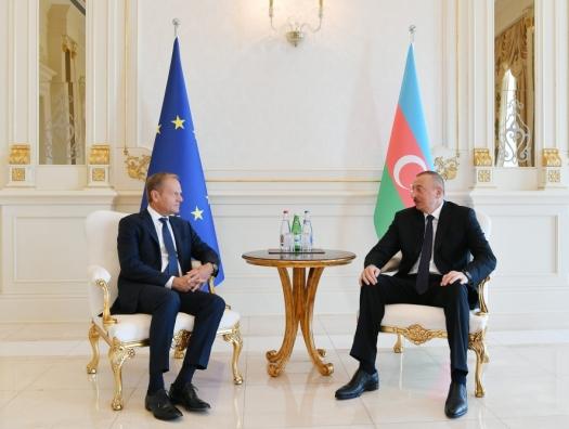 Что обсуждали Ильхам Алиев и Дональд Туск