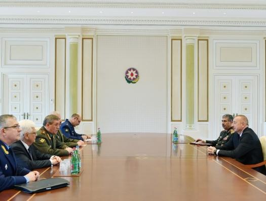 Начальник Генштаба России и генерал НАТО на переговорах с Ильхамом Алиевым