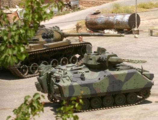 Турецкие танки снова зачищают Ирак