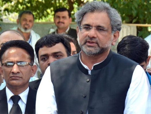 Рок преследует должность премьера в Пакистане