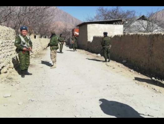 Между Таджикистаном и Кыргызстаном идет самая настоящая война