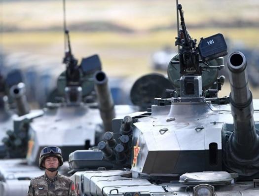 Пойдут ли китайские танки на толпу в Гонконге