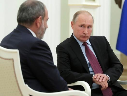 Сторонники Пашиняна угрожают Путину арестом в Ереване