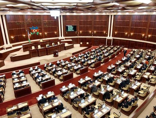 Гудрат Гасангулиев: «Руками депутатов в Азербайджане готовят дестабилизацию»