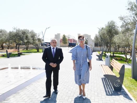 Мехрибан Алиева ознакомилась с новым парком и школой в Баку
