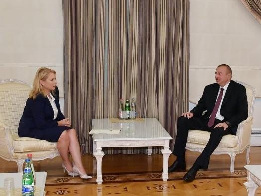 Грузинский министр на переговорах с Ильхамом Алиевым