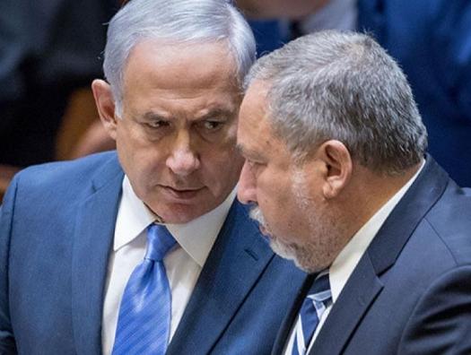Либерман подставил Нетаньяху не плечо, а ножку