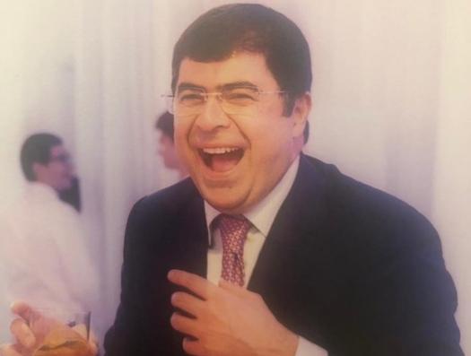 Помощник Анара Мамедова вляпался в дикий судебный скандал
