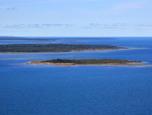 Эстония выставила на продажу свой остров