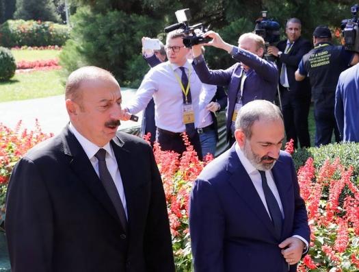 А за обедом Алиев и Пашинян обсудили Карабах