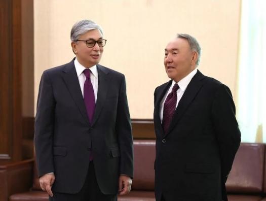 Перед отлетом в Баку: Назарбаев о двоевластии в Казахстане