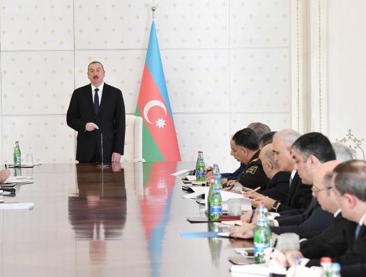 Кабинет Ильхама Алиева: новый по содержанию и форме