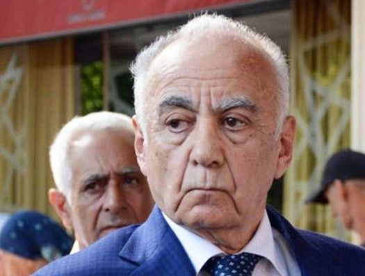 Ильхам Алиев уволил Гаджибалу Абуталыбова