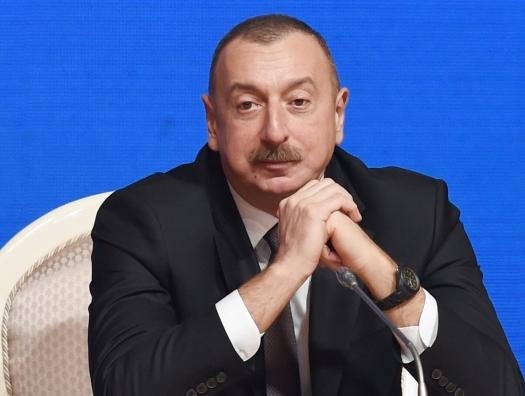 Ильхам Алиев: «Кому свыше 70 лет, последуют примеру Гаджибалы Абуталыбова»
