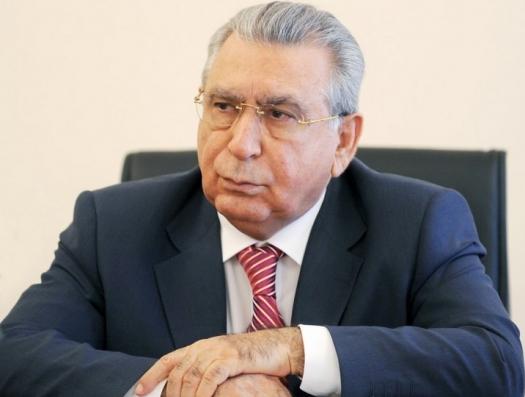 Ильхам Алиев освободил от должности Рамиза Мехтиева