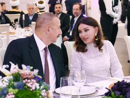 Алиевы на приеме в честь участников Бакинского саммита