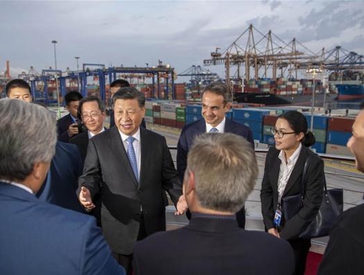 О, Европа, не бойся китайцев, Афинам дары приносящих…