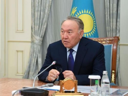 Назарбаев намекнул, что может вернуться в кресло президента