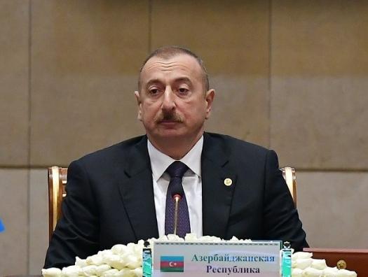 Ильхам Алиев один в схватке побеждает