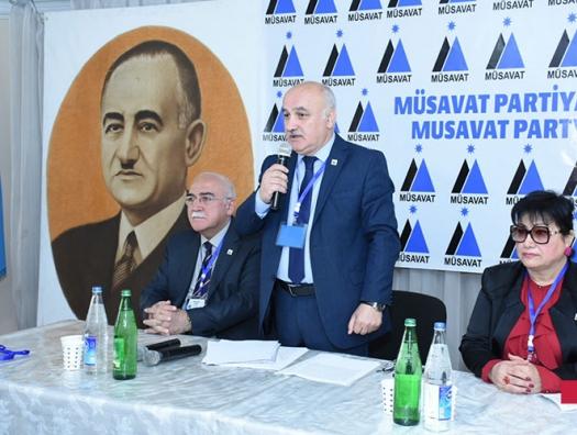 Собкор радио «Свобода»: «Мусават» заработал 300 тысяч на фальшивых справках»