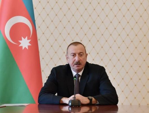 Ильхам Алиев: «Демонстрантов избивают, убивают, разгоняют собаками...»