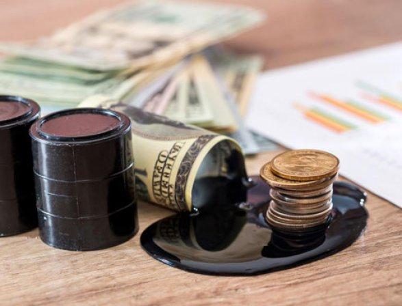 Bloomberg узнал оскором конце «золотого века» сланцевой нефти вСША