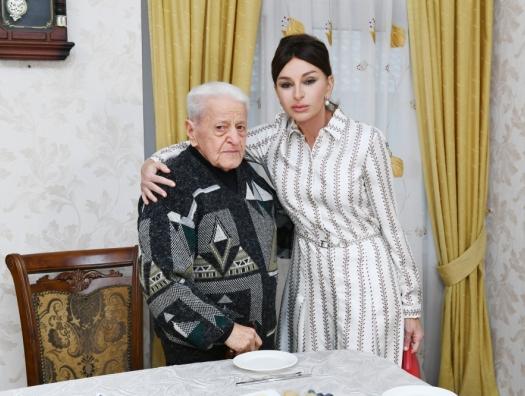 Мехрибан Алиева навестила Алибабу Мамедова
