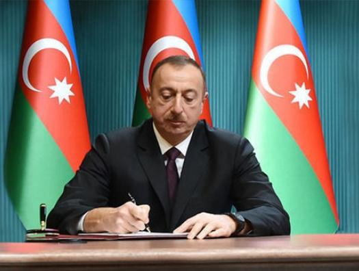 Ильхам Алиев распустил Милли Меджлис и объявил новые выборы