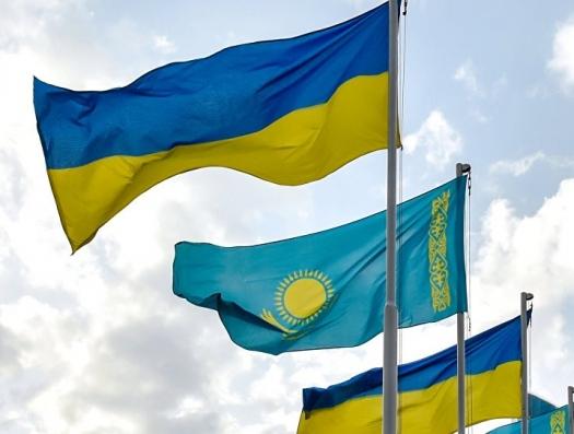 И Казахстан пошел на Украину