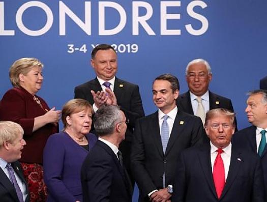 НАТО - не армия, а клубный пиджак Гарварда