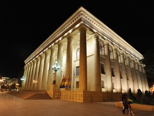 Время спасать старый Баку