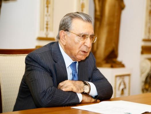 Рамиз Мехтиев поясняет, почему сын президента может стать президентом