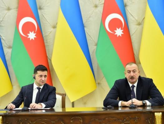 Зеленский выступил в поддержку Азербайджана