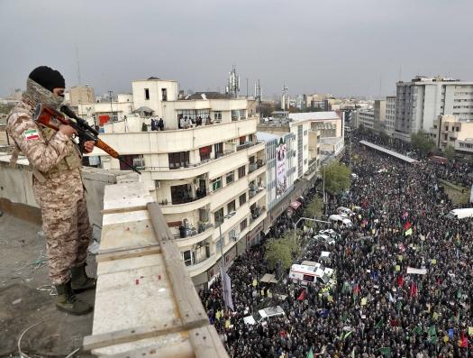 На протестных акциях в Иране погибли свыше 200 человек
