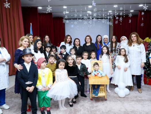 Мехрибан Алиева встретилась с детьми в психоневрологическом центре