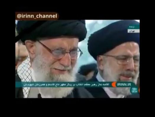 Хаменеи возглавил траур и не сдержал слезы