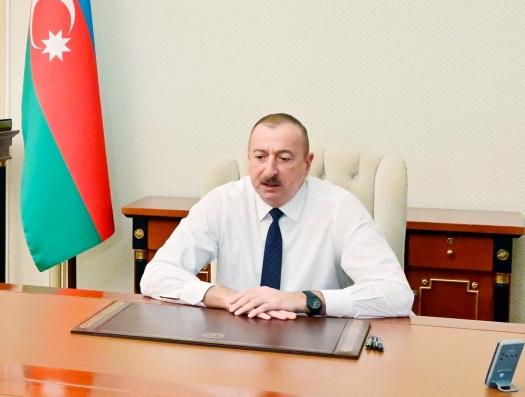 """Ильхам Алиев: """"В Баку строились уродливые здания"""""""