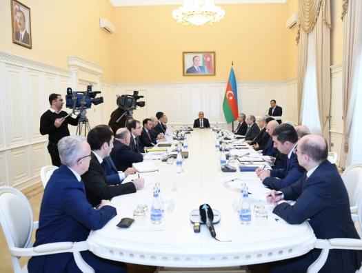 У Али Асадова обсудили поручения Ильхама Алиева