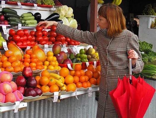 ВОЗ: проблема азербайджанцев в том, что они не едят фрукты и овощи