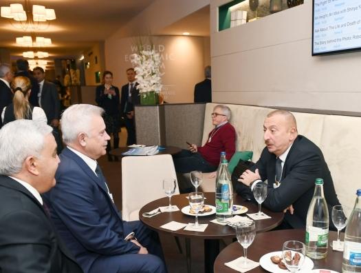 Ильхам Алиев и Вагит Алекперов обсудили месторождения на Каспии