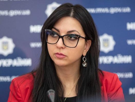 Мэри Акопян не впустили в Баку