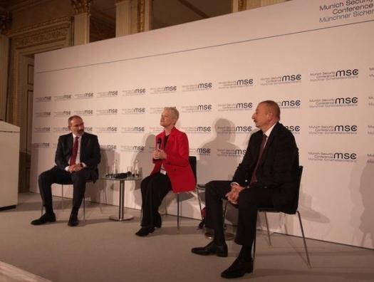 Ильхам Алиев на встрече с Пашиняном: «Вы никогда не сможете сохранить оккупированные территории»