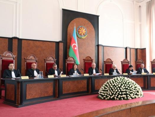 Дело в трубе, Конституционный суд совещается 9 месяцев
