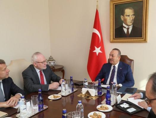 Чавушоглу обсудил Карабах с сопредседателями Минской группы