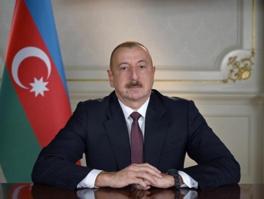 Ильхам Алиев повысил зарплату врачам, которые бьются с коронавирусом