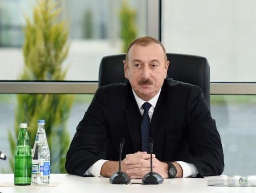 Ильхам Алиев заявил о провокациях и не исключил введения в Азербайджане чрезвычайного положения