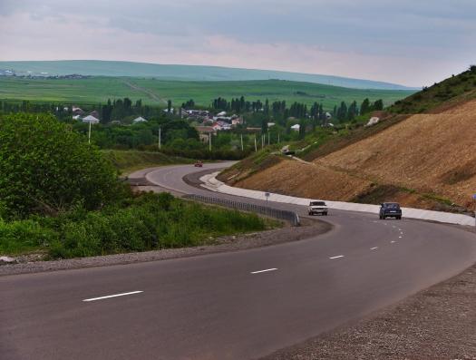 В Азербайджане запретили перемещение из одного населенного пункта в другой