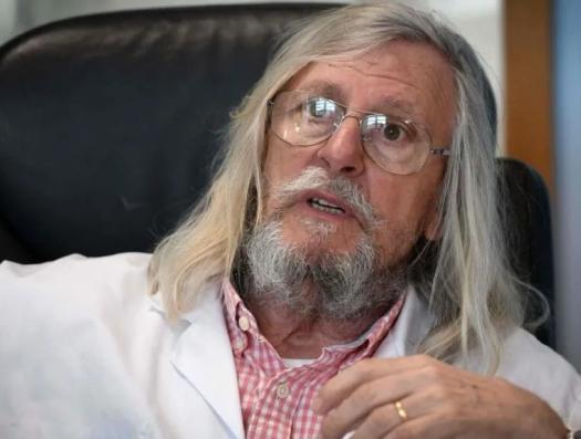 """Профессор-сенсация из Марселя: """"Я побеждаю коронавирус!"""""""